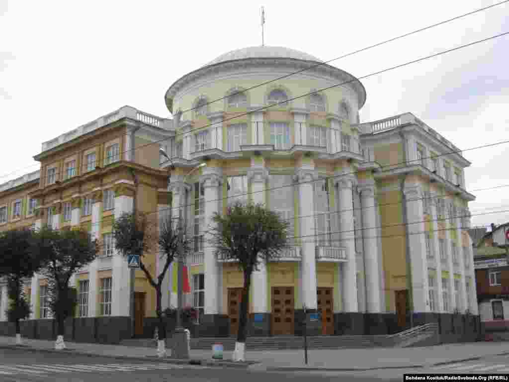 Будівля вінницької обласної ради