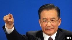 نخست وزیر چین گفته است که المپيک ۲۰۰۸ پکن نباید سیاسی شود.( عکس: EPA)