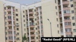 Яке аз манзилҳои баландошёнаи шаҳри Душанбе
