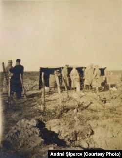 Baraca ofițerilor care supervizau repatrierea civililor bulgari, Baldovinești, martie 1918