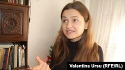 Studenta Victoria Ionel