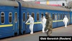 Поїзд із евакуйованими громадянами з Росії, Київ, 29 березня 2020 року
