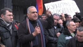 Armenia -- Opposition leader Raffi Hovanissian speaks at a rally in Gyumri. 23Feb., 2013