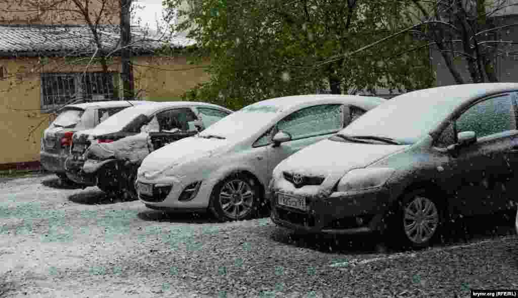 В Симферополе выпал снег, 23 апреля 2017 года