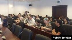 Зал заседаний надзорной коллегии Верховного суда, где рассматривалось дело о событиях в Жанаозене. Астана, 28 мая 2013 года.