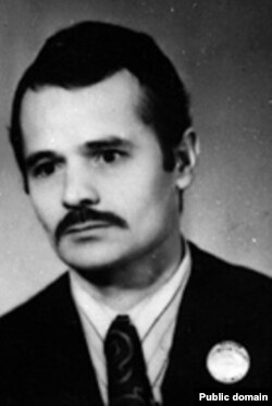 Мустафа Джемилев в молодости