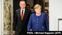 Մերկելը Եվրամիությանը կոչ է անում կրճատել Թուրքիային տրամադրվող օգնությունը