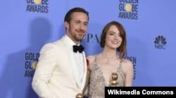 La La Land фильміне түскен актерлер Райан Гослинг пен Эмма Стоун.