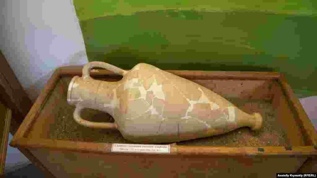 Все представленные экспонаты найдены на Кара-Тобе во время археологических экспозиций, начиная с 1983 года