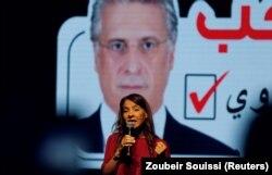 سلوی کروی، در یکی از آخرین سخنرانیهای انتخاباتی به نفع همسری نبیل که از زندان نامزد ریاست جمهوری تونس شده است