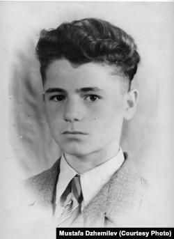 Мустафа Джемилев. Июнь 1959 года. Архив Мустафы Джемилева