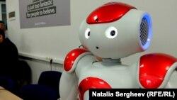 Laboratoare de inginerie și robotică la UTM