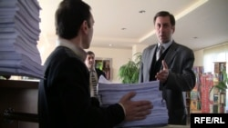 Подача искового заявления в административный суд, Ереван 6 апреля 2010 г.