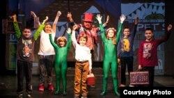 Земја во која не се стигнува - Прв македонски мјузикл за деца