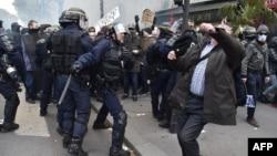 Сутички під час протестів у Парижі, 28 квітня 2016 року