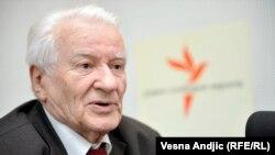 Dragoljub Mićunović: To je jedna romantičarska glupost