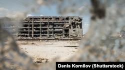 Руины Международного аэропорта «Донецк» имени Сергея Прокофьева после боев украинских военных с российско-сепаратистскими силами