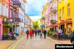 Літоўцы і турысты ў Вільні. Ілюстрацыйнае фота, © Shutterstock