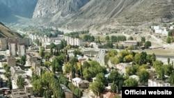 Красоты Северного Кавказа пока что привлекают лишь немногих туристов. Одно из основных препятствий - отсутствие должного уровня безопасности