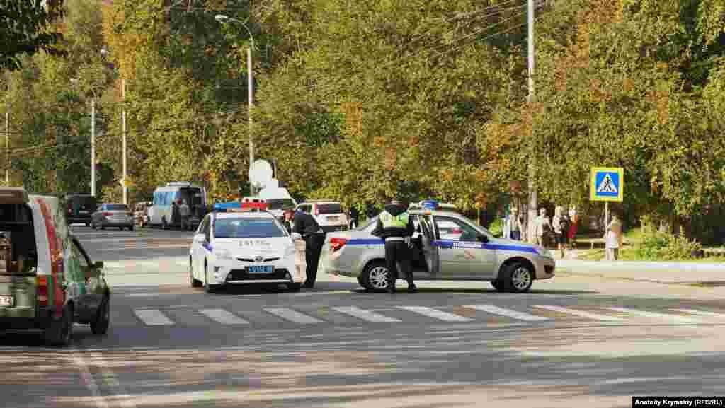 Улицу Войкова перекрыла полиция