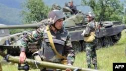 Հայ զինծառայողները հայ - ադրբեջանական սահմանագոտում, արխիվային լուսանկար