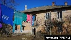 Будинок, який піде під знесення через будівництво Керченського мосту, архівне фото