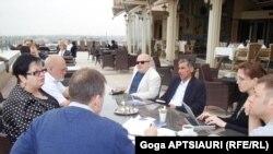 В рамках проекта «Точка зрения» по восстановлению доверия между грузинским и югоосетинским обществами в Стамбуле состоялась очередная встреча представителей гражданского общества Грузии и Южной Осетии