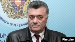 Armenia - Ruben Hakobian, deputy chairman of the opposition Heritage party, at the Central Election Commission in Yerevan, 22Mar2012.