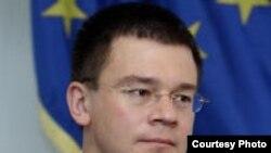 Mihai Răzvan Ungureanu, ministrul de externe român în 2006