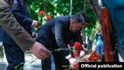 Фучик паркындагы шаар мэри Албек Ибраимов катышкан иш-чара