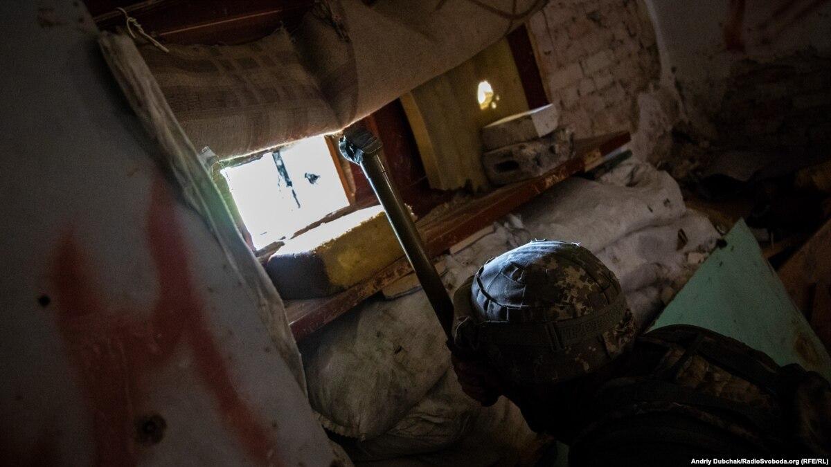 Один военный ранен на Донбассе 17 февраля – штаб