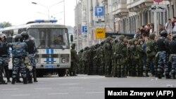 У Москві під час акції опозиції, 12 червня