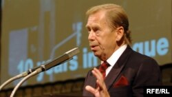 Havel Vaclav la sediul Europei Libere, septembrie 2005