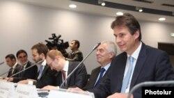 Գունար Վիգանդը Հայաստան - Եվրամիություն համագործակցության կոմիտեի հերթական նիստին: Երևան, 4-ը նոյեմբերի, 2015 թ․