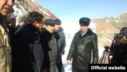 Премьер-министр Темир Сариев Миң-Куш шаарчасында, 6-январь, 2016-жыл.