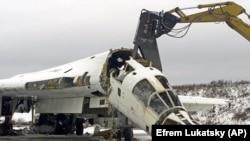 Знищення в Україні бомбардувальника Ту-160, здатного нести ядерний боєзапас
