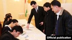 выборы в посольстве Таджикистана в Москве