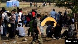 یونان کې یو شمېر پناه غوښتونکي