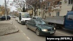 Затор на улице Новороссийской в Севастополе