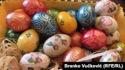 Tradicionalno bojena uskršnja jaja