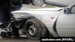 Türkmenistanda bolan ýol heläkçilikleriniň biri. Arhiwden alnan surat
