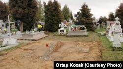 Місце, де стояв пам'ятник бійцям УПА, в польському селі Грушовичі, 27 квітня 2017 року