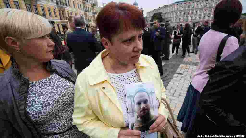 Людмила Савеленко, мати зниклого безвісти в листопаді 2014 року Євгена Савеленка, захисника Донецького аеропорту