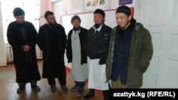 """Ысык-Көл облусундагы """"инкарчылар"""" тобу. 2015-жыл."""