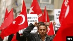 Nationalists demonstrate against the United States in Istanbul on March 5.