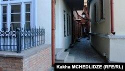 Старинный особняк на одной из тихих улиц в районе Старого Тбилиси в скором времени может получить неофициальный статус дагестанского центра в грузинской столице
