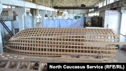 Несмотря на неудачи, Магомедов продолжает строить яхты