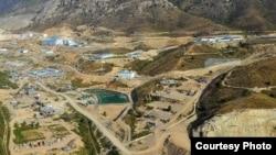 Вид на медно-золотой рудник. Иллюстративное фото.