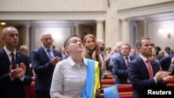 Надежда Савченко на заседании Верховной Рады Украины. 31 мая 2016 года.
