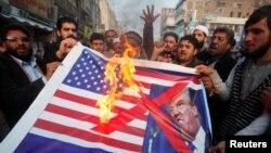 АКШга каршы Пешавар шаарында өткөн митинг. 5-январь, 2018-жыл